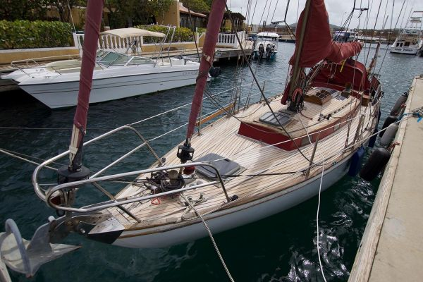 Yacht Broker Caribbean - Boat and Yacht Sales